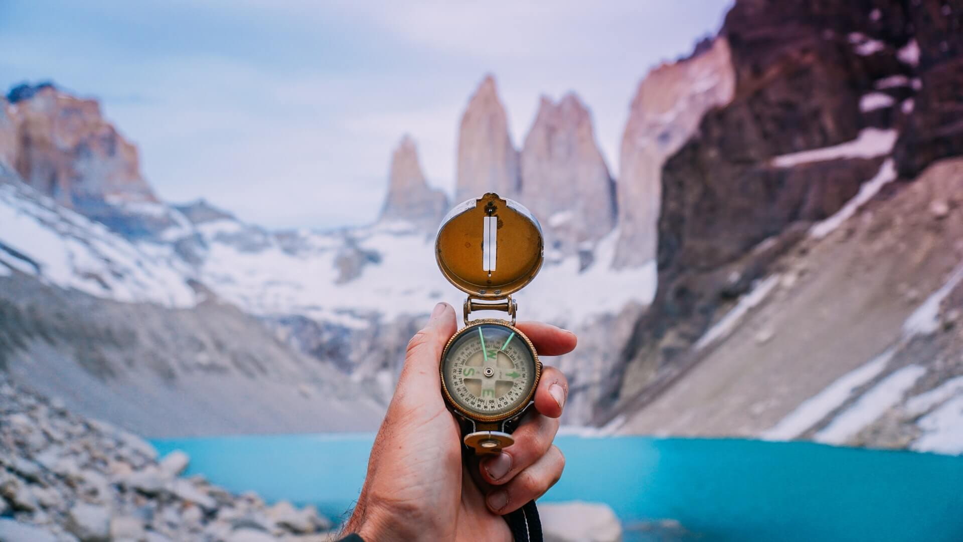 Kompass som hjelpemiddel